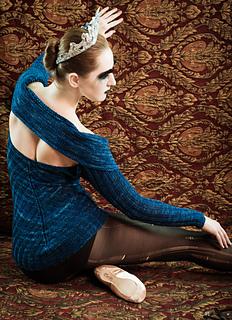 Midnight_sweater_1_small2