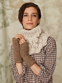 Elton_fingerless_mittens_small2