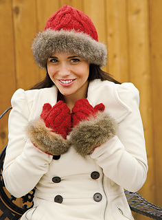 Siberian_scarlet_hat_and_mitten_small2