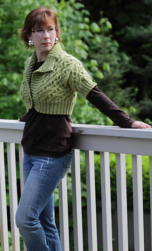 Seamlesssweater_1_medium