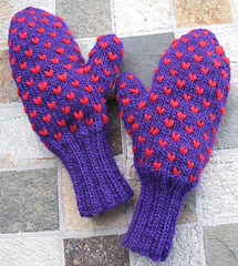 Thrummed_mitts_002cropweb_small