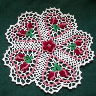 Rose_bud_doily_small2