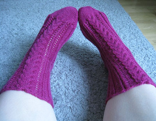 Pink_cable_socks_iii_small2