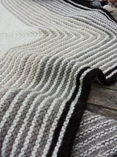Gradient_shawl1_small2