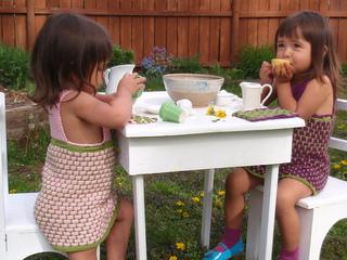 Tea_part_girls_smaller_small2