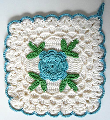 Pb082-maggie-weldon-crochet-600mainjpg_05_small