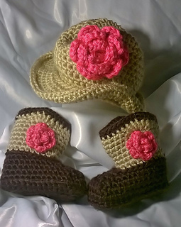 Cowboy_boots_and_hat_pink_flower_small2