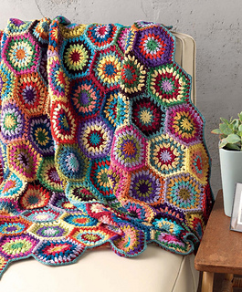 Crochet_at_home_-_happy_hexagons_throw_beauty_shot_small2