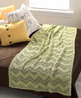 Crochet_at_home_-_filet_zigs_and_zags_beauty_shot_small2