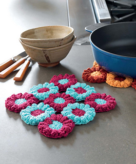 Crochet_at_home_-_flowering_trivets_beauty_shot_small2