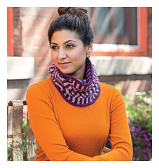 Scarf_style_2_-_cross_timbers_beauty_shot_small
