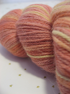 Natural-dye-studio_alpaga-merino_rose-sherbet_04_small2