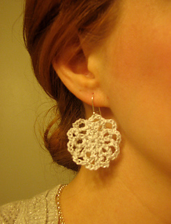 Snowflake_earrings_small2