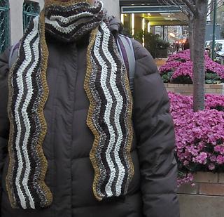 Scrappy_ripple_scarf_medium2_small2