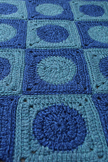 Intensive_love_blanket_free_crochet_pattern_by_underground_crafter_3_small2