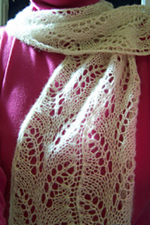 Pattern_leaves_scarf_small2