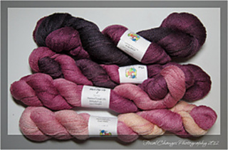 2012_03_30_yarnstash-0333_small2