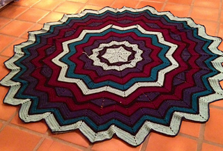 Stained_glass_star_afghan1_small2