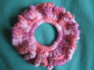 Simple_cotton_scrunchie_2_small2