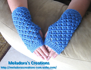 Angel_stitch_fingerless_gloves_finshed_3_small2