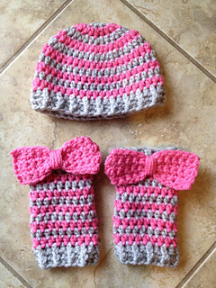 Groovy_striped_hat_shilo_small2