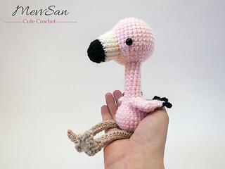 Amigurumi Flamant Rose : Ravelry: Amigurumi Flamingo pattern by Mevlinn Gusick