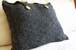 Primrose_hill_pillows_059_small2