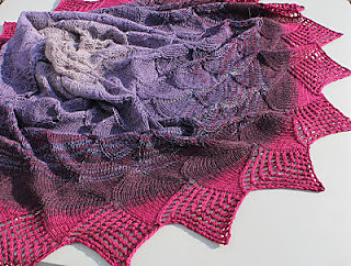 Knitting_march_2012_005_small2