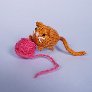 Tinycat_rav_small2