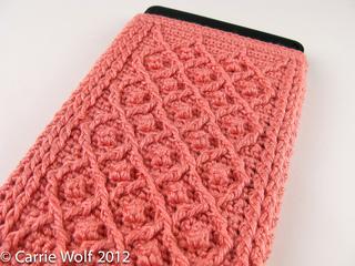 Carrie-wolf-modern-needlepoint-crochet-kindle-fire-pattern-rose-trellis-5927_small2