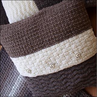 _3_rare_earth_cushion_back_p7010082_small2
