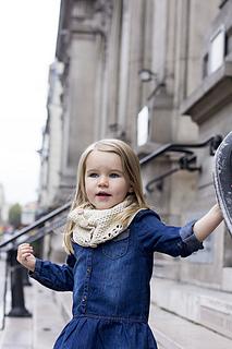 Mon-petit-four-button-up-cowl_small2