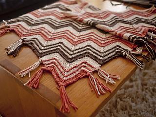Cimarron_shawl_detail2_small2