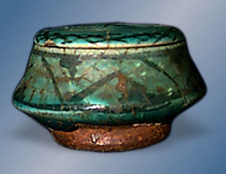 Persian_pottery_a_small2