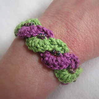 Winding_2520lane_2520bracelet_2520038_small2