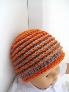 Beehive_beanie_2_032_small2