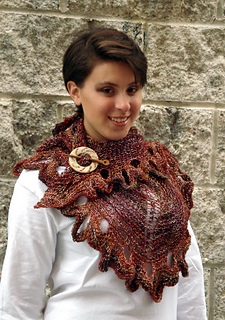 Ql_whitsunday_knit_butterfly_shawl4_small2