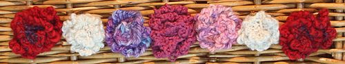 Knittedtesroses_medium