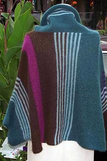 Hbd-sweater-borderline_6_small2
