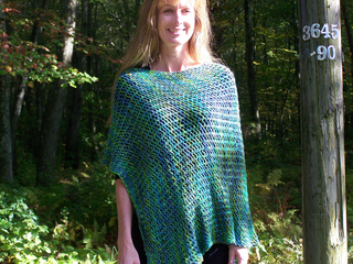 Fake_lace_poncho_012_small2