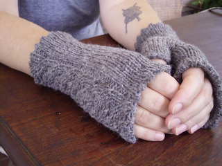 Corinth_mitts_small2