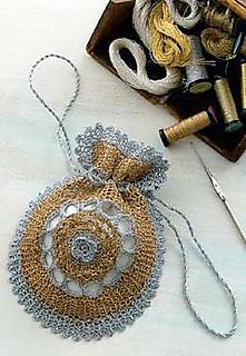 Vintage_purse_light_small2