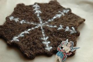 Ice_crystal_crochet_coaster_p_small2