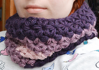 Crochet Jasmine Stitch Pattern : Ravelry: Jasmine Stitch No. 3- 6 petals with puffs in rows pattern by ...