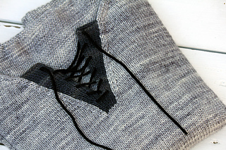 Sweater_folded_1_small2