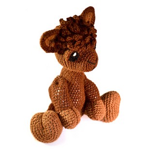 Amigurumi Alpacasso : Ravelry: Amigurumi Alpaca - Alfie pattern by Kate E. Hancock