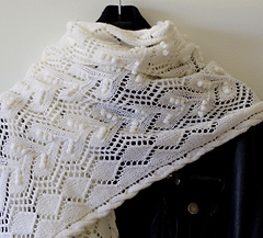 Knitted_shawl_for_mothers_day_gift_small