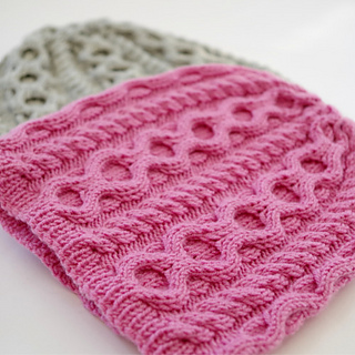 Knitting Patterns Baby Cable Hats : Ravelry: Cabled baby hat pattern by Mari-Liis Hirv