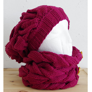 Ravelry: King size winter hat pattern by Mari-Liis Hirv