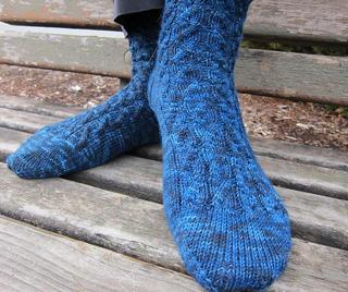 Starry_night_socks_1_small2